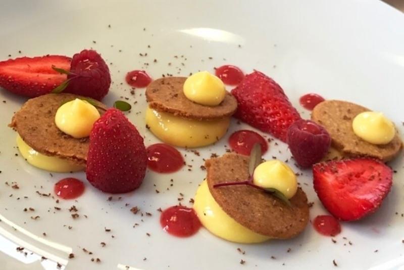 sablé-breton-crémeux-citron-gel-fraises
